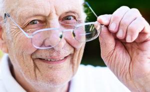 troubles-de-vue-personnes-agees